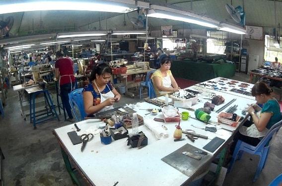 Xưởng Sản Xuất Đồ Da Cá Sấu Chất Lượng Hàng Đầu Tại Việt Nam