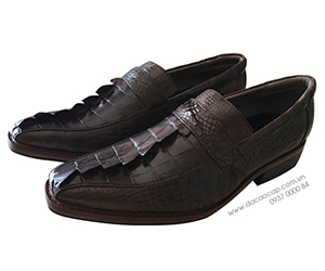 Giày da cá sấu gai đuôi