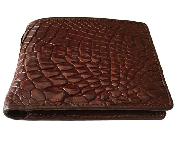 Ví da cá sấu làm từ phần da tay con cá sấu